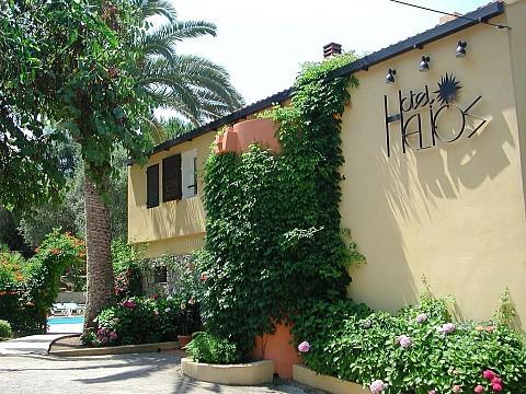 location vacances corse du sud avec piscine bord mer carg se r sidence helios. Black Bedroom Furniture Sets. Home Design Ideas