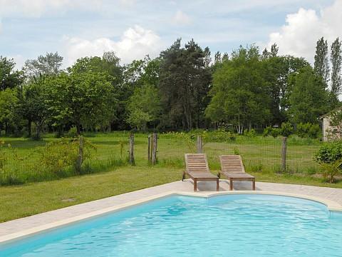 Grand gite sologne 18 pers avec piscine loir et cher for Camping loir et cher avec piscine