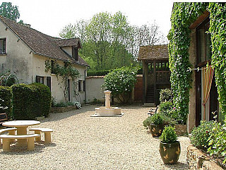 locations vacances Bed and breakfast Eure-et-Loir Countryside à BLEURY