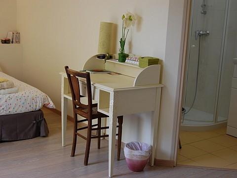 chambre d 39 h tes chartres le coudray bnb eure et loir 3 km cath drale de chartres. Black Bedroom Furniture Sets. Home Design Ideas