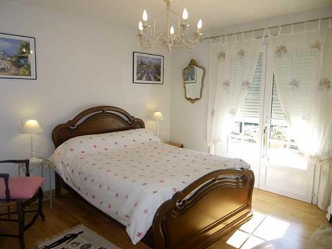 chambres d 39 h tes pontacq pyr n es atlantiques 14 km lourdes. Black Bedroom Furniture Sets. Home Design Ideas
