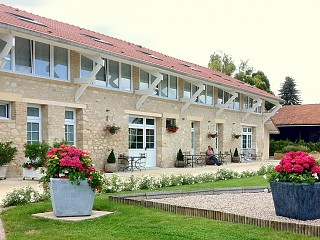 locations vacances Bed and breakfast Marne Countryside à AUMENANCOURT