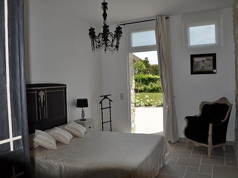 chambres d 39 h tes marne 15 km reims bnb champagne la grange champenoise. Black Bedroom Furniture Sets. Home Design Ideas
