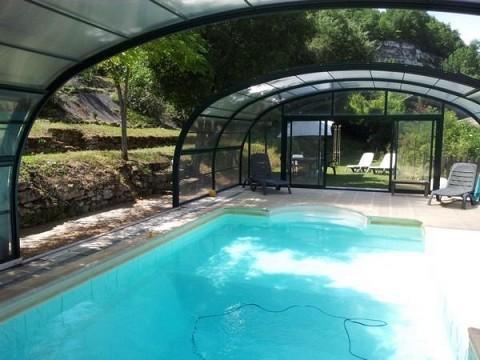 Location gites saint cyprien dordogne avec piscine - Gite avec piscine couverte normandie ...