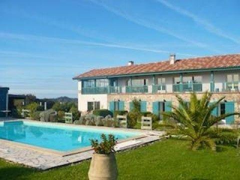 5 chambres dhtes sur cte basque piscine et spa ehaltzekoborda