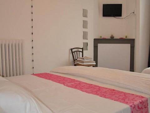 chambres d 39 h tes livinhac le haut bnb aveyron entre conques et figeac. Black Bedroom Furniture Sets. Home Design Ideas