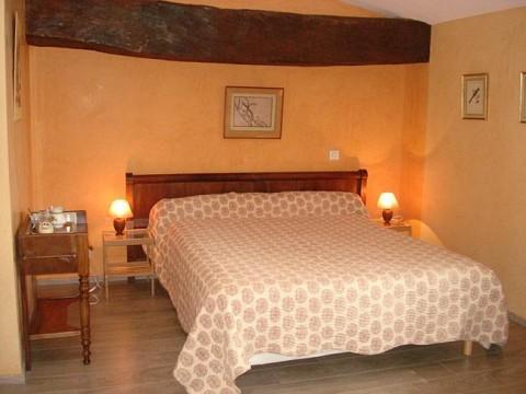 chambres d 39 h tes ain avec piscine bnb montcet pr s de bourg en bresse. Black Bedroom Furniture Sets. Home Design Ideas