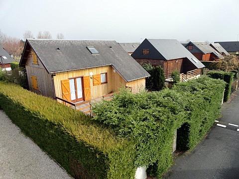 Location chalet calvados avec piscine cabourg normandie for Hotel avec piscine calvados