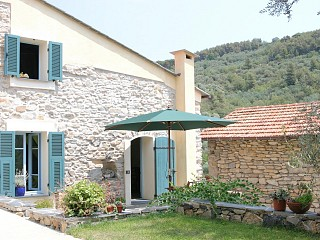 locations vacances Cottage Liguria Seaside à SAN BARTOLOMEO AL MARE