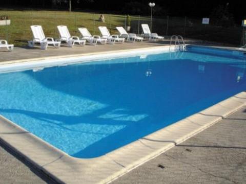 Location chalet dordogne piscine et jacuzzi les chalets for Location dordogne piscine