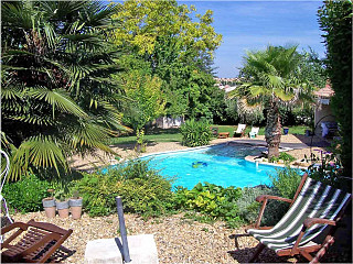 locations vacances Bed and breakfast Hérault City à BEZIERS