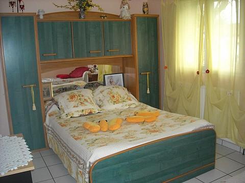chambre d h tes vic en bigorre bnb hautes pyr n es val. Black Bedroom Furniture Sets. Home Design Ideas