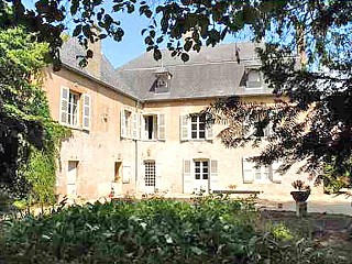 locations vacances Bed and breakfast Saône-et-Loire City à CLUNY