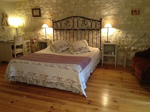 chambres d 39 h tes de charme en charente maritime avec piscine entre royan et cognac. Black Bedroom Furniture Sets. Home Design Ideas