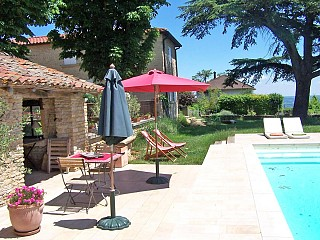 locations vacances Bed and breakfast Rhône Countryside à POMMIERS