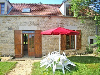 locations vacances Cottage Yonne Countryside à JULLY
