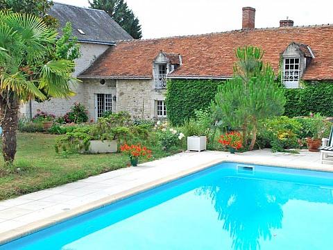 Location gite chinon indre et loire avec piscine cravant for Camping indre et loire avec piscine
