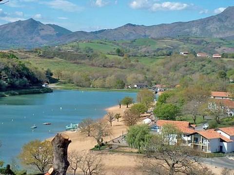 Chambres d 39 h tes pays basque bnb saint p e sur nivelle - Chambre d hote saint jean de luz pas cher ...