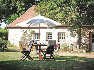 locations vacances Cottage Allier Countryside à GANNAY-SUR-LOIRE