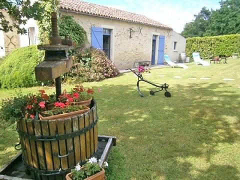 Location gite vend e spa jacuzzi avec piscine mareuil - Gite avec piscine couverte normandie ...