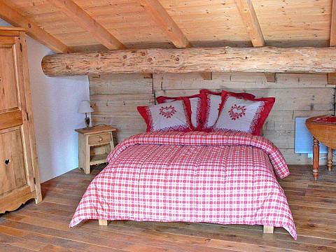 Chambres d 39 h tes savoie 22 km moutiers 10 km bourg st - La table de savoie et la table de bretagne ...