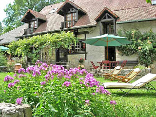 locations vacances Bed and breakfast Savoie Mountain à LEPIN-LE-LAC