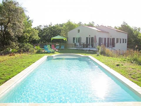 Location g te var avec piscine gorges du verdon la for Location maison avec piscine gorges du verdon