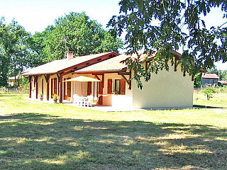 locations vacances Cottage Landes Countryside à BOURRIOT-BERGONCE