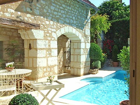 Chambres d 39 h tes de charme berry 4 pis avec piscine - Chambres d hotes de charme indre et loire ...