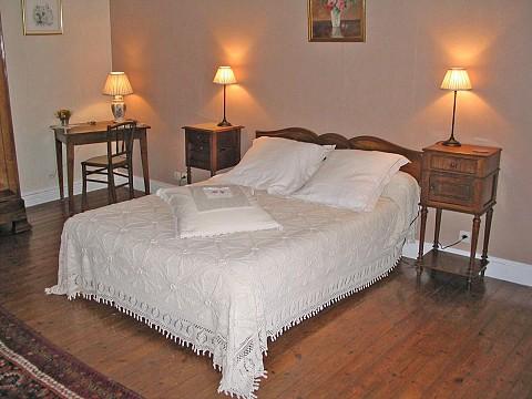 Chambres d 39 h tes lux bnb charente la belle charmeuse 20 min angoul me - Chambre d hotes angouleme ...