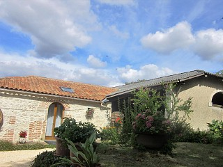 locations vacances Cottage Lot-et-Garonne Countryside à VILLENEUVE-SUR-LOT