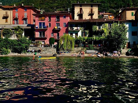 Chambres d 39 h tes lac de c me lezzeno italie en lombardie nest on the lake - Chambre d hote de charme lac de come ...