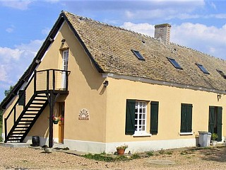 locations vacances Bed and breakfast Sarthe Countryside à COURCEMONT