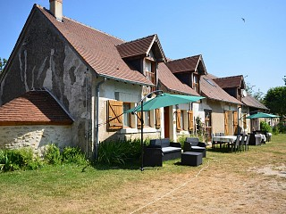 locations vacances Bed and breakfast Indre Countryside à MOULINS-SUR-CEPHONS